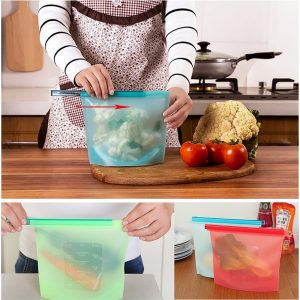Vastra Silicone Medium Ziploc Reusable Airtight Seal Food Storage Bag for Freeze, Steam, Heat, Microwave